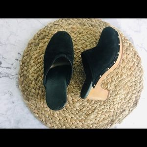 Ugg black Seude clogs 5